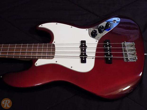 Fender Standard Fretless Jazz Bass Crimson Red Metallic 2009