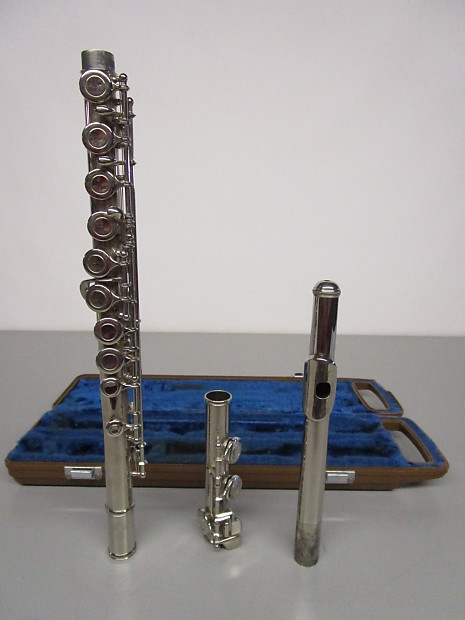 Yamaha YFL-22N Offset Closed-Hole Flute, Made In Japan