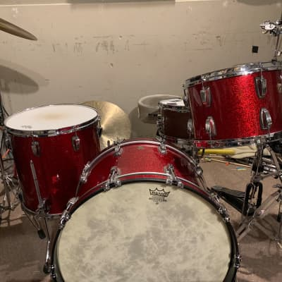 Ludwig Classic Maple Red Sparkle