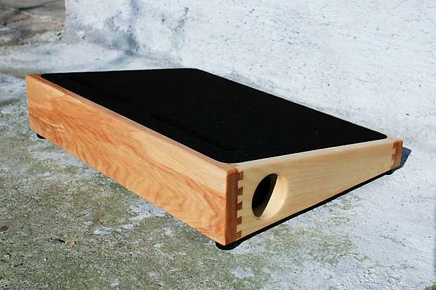 custom wood pedalboard 18 x 13 reverb. Black Bedroom Furniture Sets. Home Design Ideas