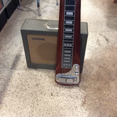 Rickenbacker Lapsteel and M8E Amp for sale