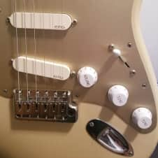 EMG DG20 David Gilmour Pre-Wired Pickguard