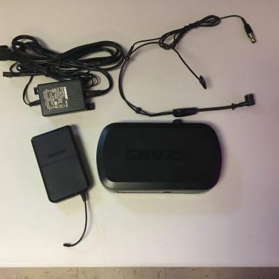 Shure Shure PG14/PG30 Wireless Headset System, H7 Band black