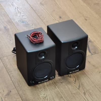 M-Audio AV40 v2 Active Studio Monitors