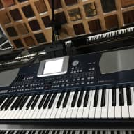 Korg PA500  synth workstation 61 note grey blue