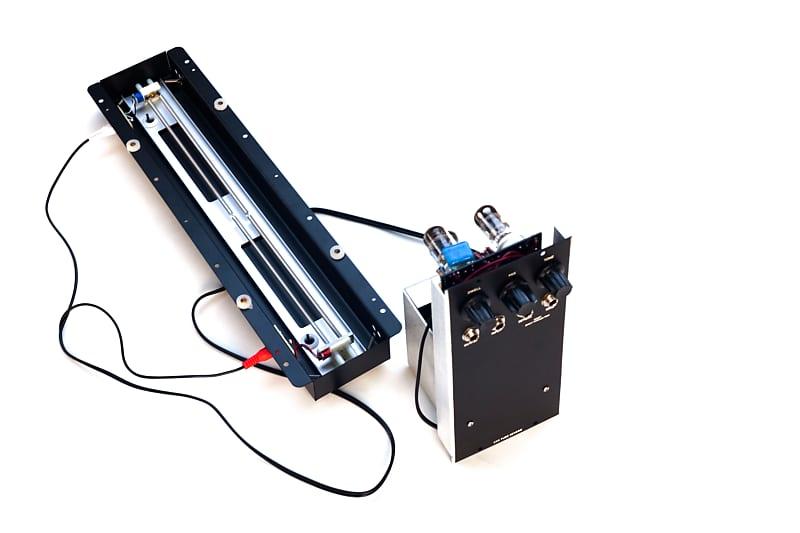 CRS Fender Reverb Unit synthesizers.com module moog MOTM image