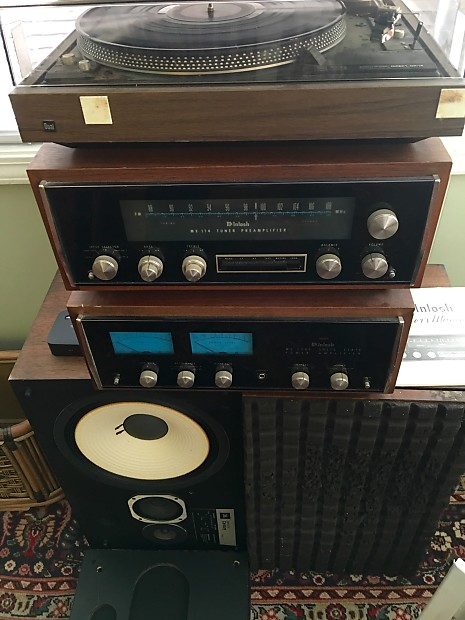 McIntosh Amp & Preamp with JBL L100 Speakers & Dual Turntable McIntosh  Preamp - MX114 / AMP - MC2505