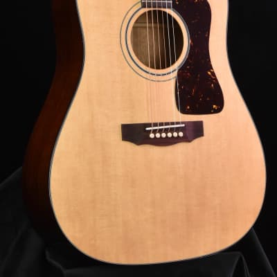 Guild D-40 Traditional- Natural Finish for sale