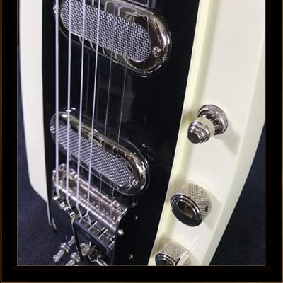 Duesenberg Alamo Lap Steel in Ivory for sale