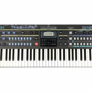 Casio CZ-1 61-Key Digital Synthesizer