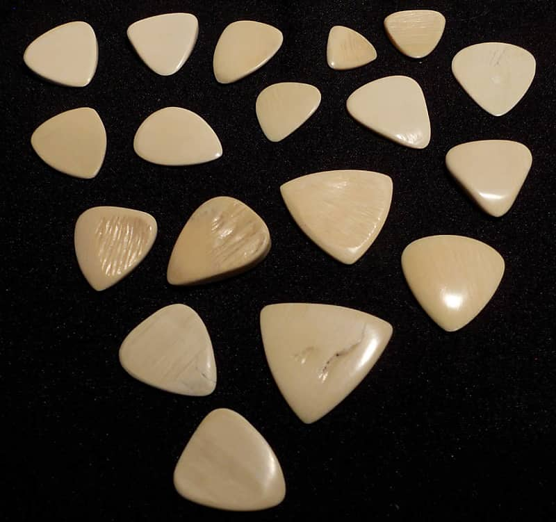 18 pcs  unique Woolly Mammoth Ivory Guitar Picks