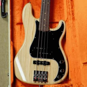 Fender American Vintage Hot Rod '60s Precision Bass - Natural