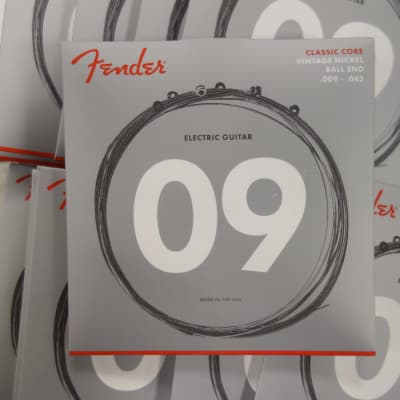 Fender Classic Core Electric Guitar Strings 155L Vintage Nickel Ball Ends 9-42 ( 12 pack )
