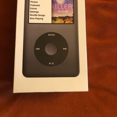 Apple iPod Classic 160GB (Black) Mint.