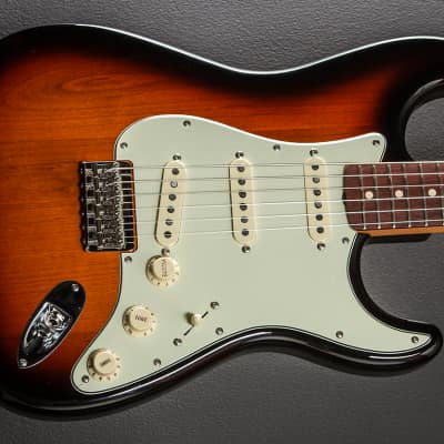 Fender Robert Cray Stratocaster - 3 Color Sunburst for sale