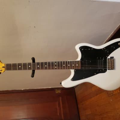 Fender  Marauder  2011 White for sale