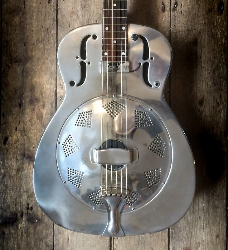 national single resonator acoustic circa 1930 39 s with case. Black Bedroom Furniture Sets. Home Design Ideas