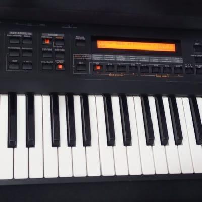 Roland XP-30 61-Key 64-Voice Expandable Synthesizer