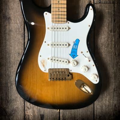 2004 Fender 50th Anniversary American Deluxe Sunburst Stratocaster includes hard shell case for sale
