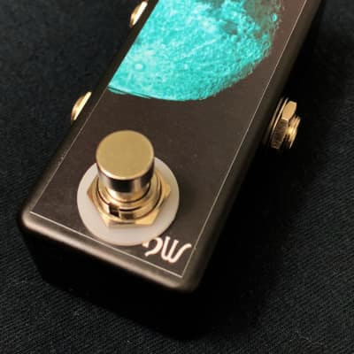 Saturnworks A/B Black Switch Box Tuner Out Guitar Pedal w/ Switchcraft Jacks, Handcrafted in the USA