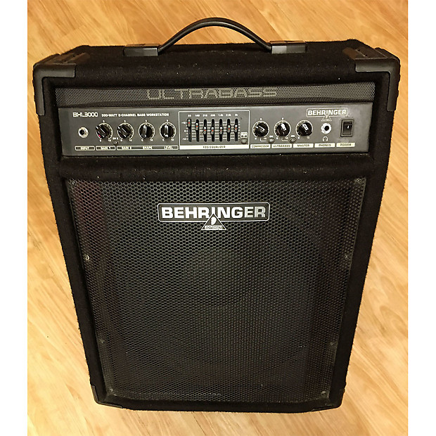 used behringer bxl3000 ultrabass 300w 115 bass combo reverb. Black Bedroom Furniture Sets. Home Design Ideas