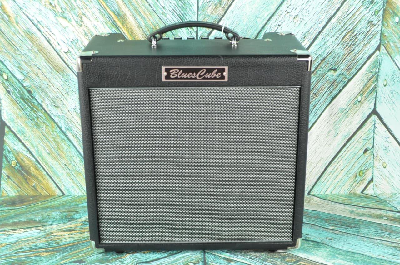 roland blues cube hot 30 watt tube logic guitar combo amp reverb. Black Bedroom Furniture Sets. Home Design Ideas