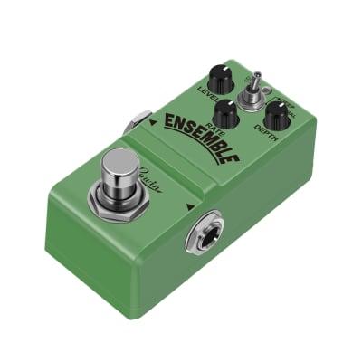 Rowin Super Mini Classic Analog Chorus Guitar Effect Pedal