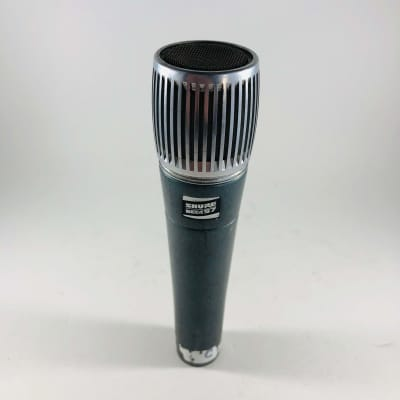 Shure BETA 57 Supercardioid Dynamic Microphone *Sustainably Shipped*