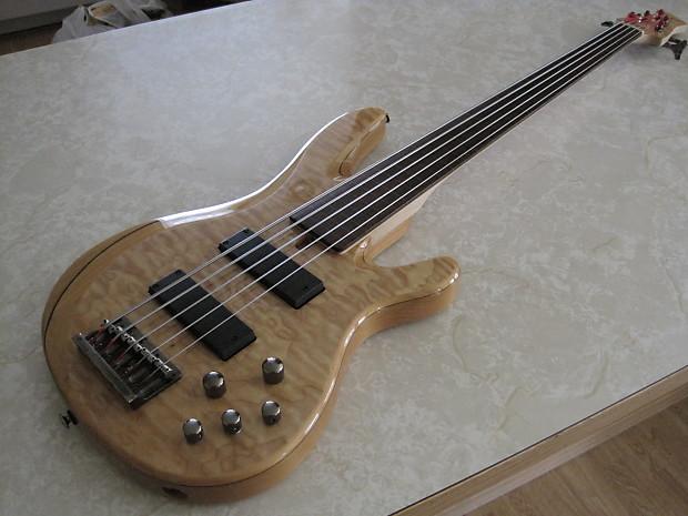 yamaha trb1005f 5 string fretless bass mint upgraded reverb. Black Bedroom Furniture Sets. Home Design Ideas