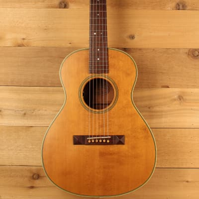 John How Model 14 Grand Concert Spruce & Mahogany w K&K Pure Mini Pre-Owned 2010 for sale