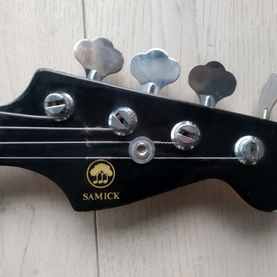 Samick Jazz Bass ( Hondo, Johnny Guitars ) 1978 Black Maxon pickups for sale
