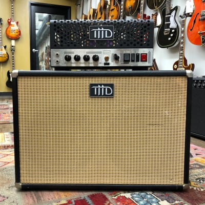 THD UniValve Class-A 15-Watt Tube Guitar Head And 2x12 Cabinet