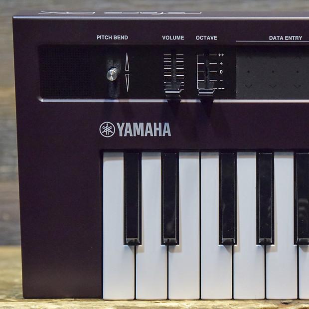 Yamaha Reface DX 37-Key 4-operator FM Sound Engine Mobile Keyboard  Synthesizer