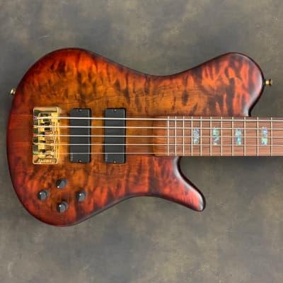 Spector SC5 NS-5 Singlecut Bass 2018 Ultra Amber Burst Matte Flame Maple