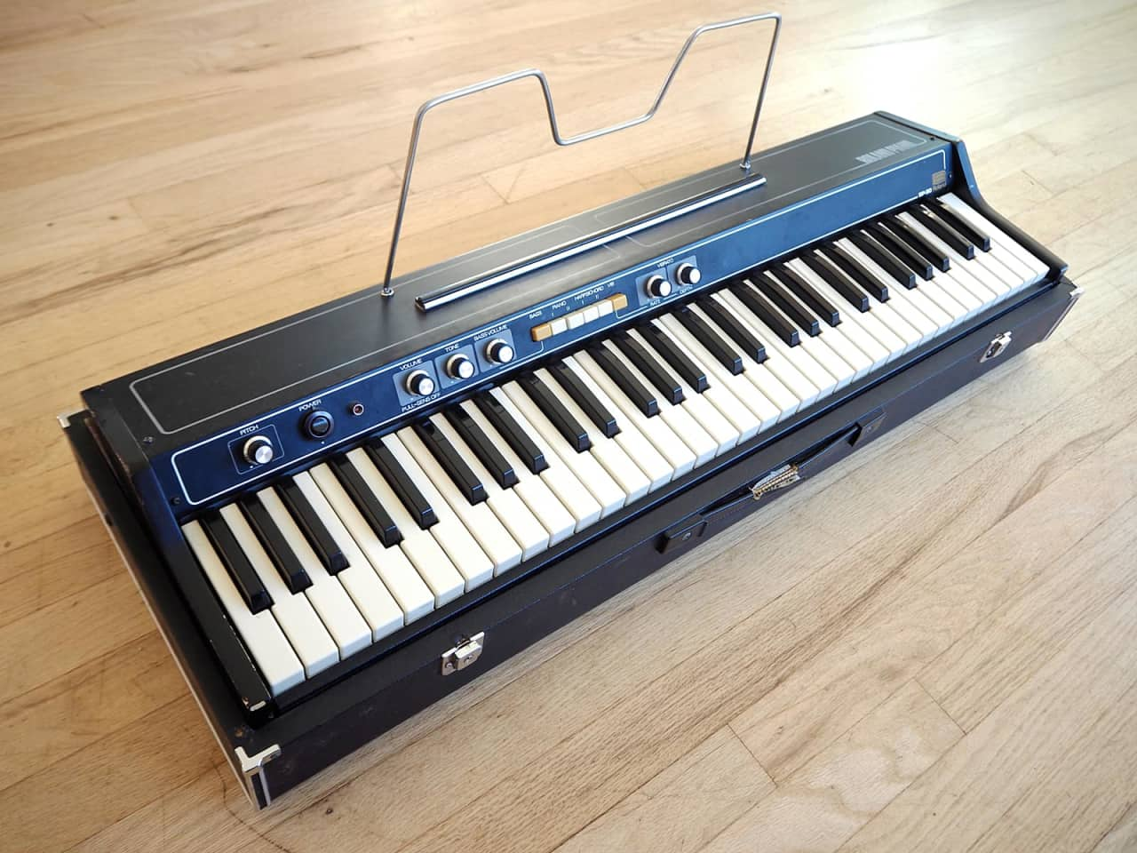 1970s roland ep 30 vintage electric piano w music stand reverb. Black Bedroom Furniture Sets. Home Design Ideas