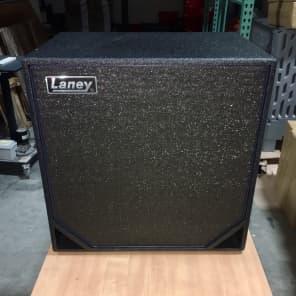"""Laney NEXUS N410 600-Watt 8ohm 4x10"""" Bass Speaker Cabinet"""