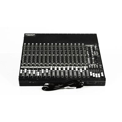 Mackie CR1604-VLZ Pro 16-Channel Mic / Line Mixer