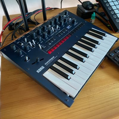 Korg Monologue Analog Mono Synthesizer Synth Sequencer Controller