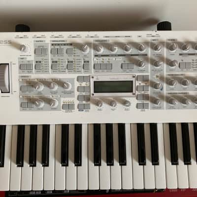Access Virus TI Polar 37-Key Digital Synthesizer